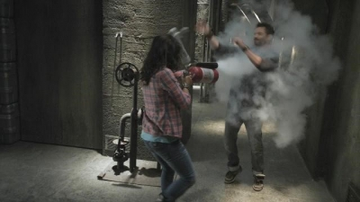 Self Defense with Fire Extinguisher